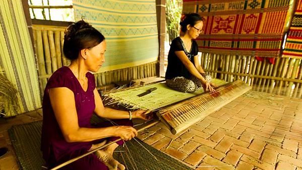 Một nghề dệt chiếu đã tồn tại gần 200 năm dần bị mai một tại Quảng Nam