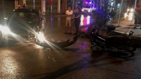 Cao Bằng: Va chạm giữa ô tô và chiếc xe máy, 1 người bị thương nặng