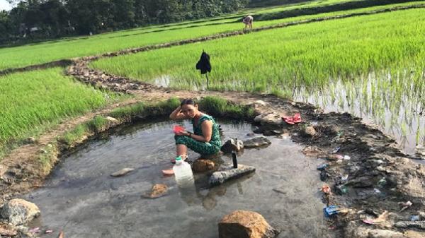 Sơn Hà (Quảng Ngãi): Giếng cổ giữa cánh đồng lúc nào cũng tuôn trào nước nóng
