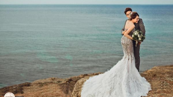 Huy Nam ngọt ngào hôn bà xã trong ảnh cưới đẹp như mơ chụp ở Lý Sơn