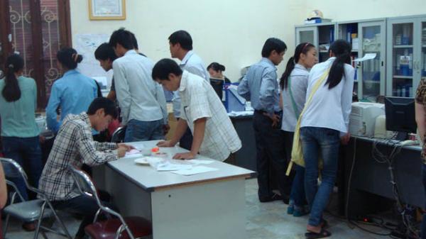 Bình Sơn (Quảng Ngãi): Phúc khảo 86 bài thi, 71 thí sinh tăng điểm, 13 thí sinh rớt thành… đậu