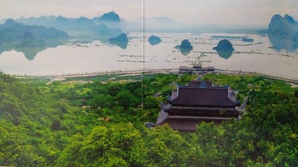 Chùa Tam Chúc uy nghiêm nơi cảnh tiên 'Vịnh Hạ Long trên cạn' ngay gần Hà Nội
