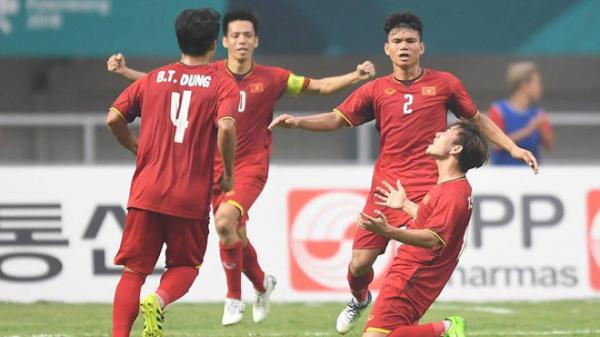 """Đừng buồn, hãy ngẩng cao đầu để """"tìm cầu vồng"""", các chàng trai U23 Việt Nam ạ!"""