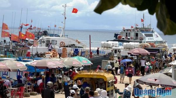 Đề nghị hỗ trợ giảm giá vé tuyến Sa Kỳ - Lý Sơn cho nhân dân huyện đảo