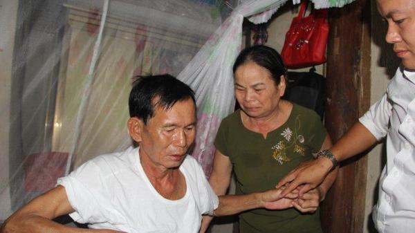 Liệt sĩ trở về sau 30 năm dài BÁO TỬ, vợ ôm ảnh thờ khóc ngất vì chồng chẳng nhớ ra ai