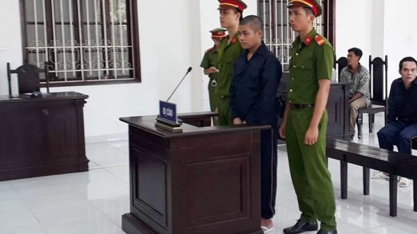 Miền Tây: Chờ xử phúc thẩm tội h.iếp d.âm, thiếu niên 15 tuổi tiếp tục h.iếp d.âm bé gái 8 tuổi