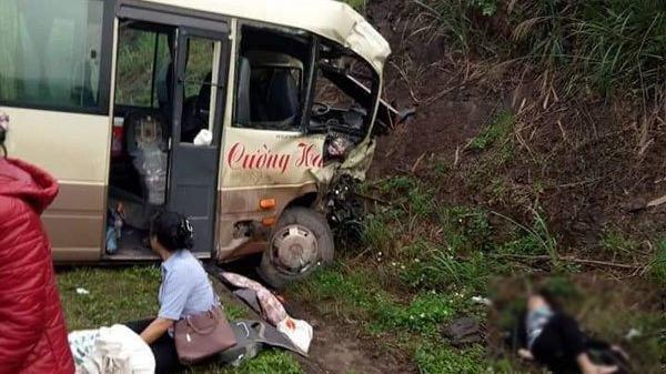 Xe khách đ.âm trực diện xe tải, nhiều người bị t.hương nằm la liệt chờ cứu