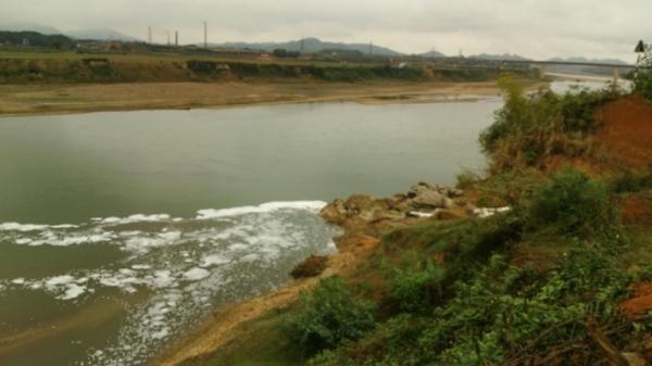 Tuyên Quang: Báo động tình trạng sạt lở ven sông Lô