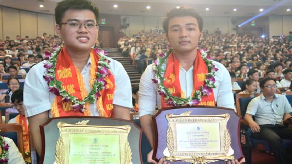 Phía sau chân dung những thủ khoa Đại học Đà Nẵng