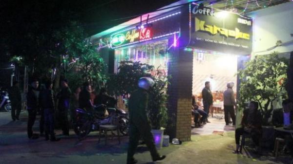 2 nhóm người hỗn. chiế.n vì nữ nhân viên phục vụ quán karaoke, 1 người chế.t