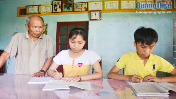 Quảng Ngãi: Những tấm gương hiếu học xa cha mẹ vẫn có thành tích tốt