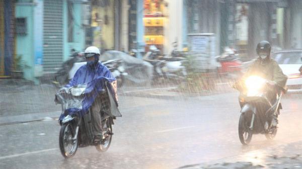 Trung Bộ tiếp tục có mưa trên diện rộng trong đêm nay (8/11) và ngày mai (9/11)