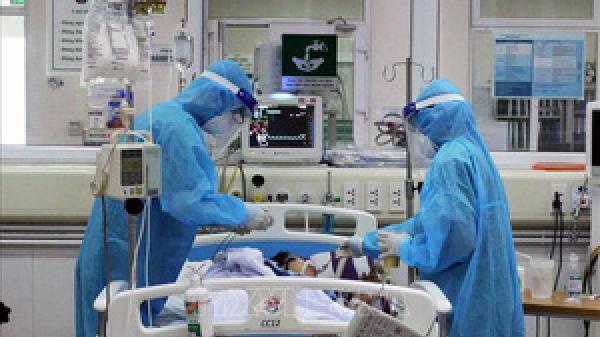 Tin mới vụ nam giáo viên ở Hà Nội tử vong sau tiêm chủng