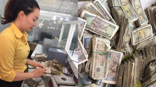 Hy hữu ở Quảng Bình: Vợ chồng già 78 tuổi chở bao tải tiền gửi tiết kiệm