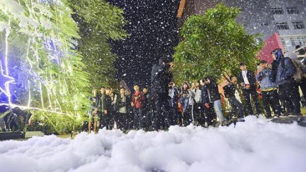 Đón Giáng sinh có 1 - 0 -2  với Lễ hội Mưa Tuyết ở Quảng Ninh