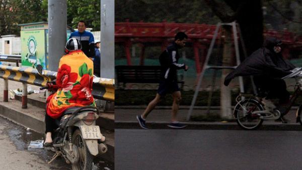 Nghịch cảnh mưa rét: Người khoác chăn bông, người quần cộc ra đường