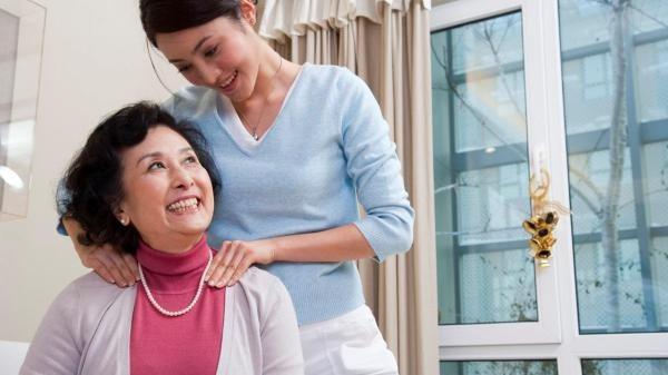 Mẹ chồng Quảng Ninh dễ tính hay cô con dâu đất cảng biết điều khiến mẹ con hòa hợp, gia đình vui vẻ