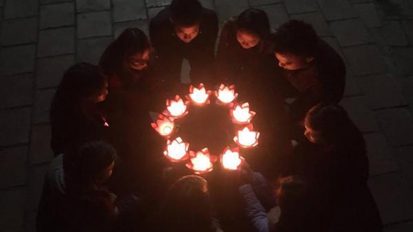 Thỏa sức gửiước nguyện của bạn tại Đại Lễ thả đèn Hoa Đăng ở Quảng Ninh