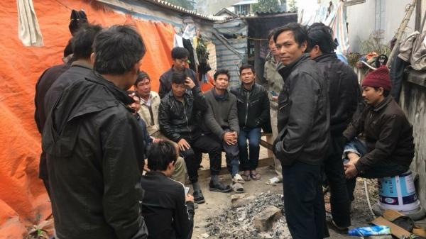 Quảng Ninh: Ngày cận Tết, chủ thầu bảo công nhân đợi ở cổng công ty để lấy tiền công rồi âm thầm 'đi ra bằng cửa sau'