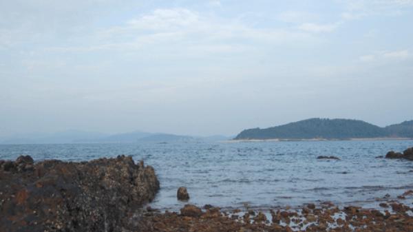 Đảo tiền tiêu Cô Tô và món sứa tươi ở đồn biên phòng