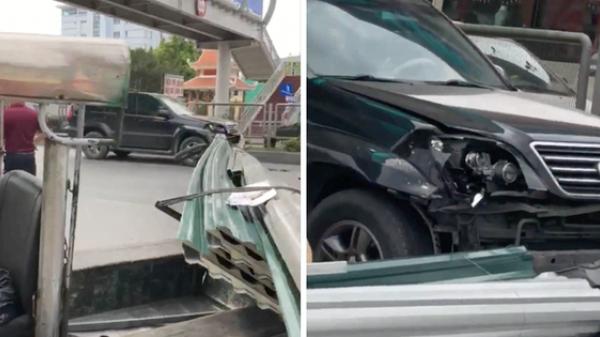 Quảng Ninh: Xe ba gác chở tôn húc vỡ đầu xe sang Lexus