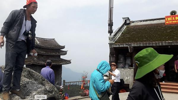 Quảng Ninh: Cảnh tượng nhốn nháo ở chùa Đồng Yên Tử