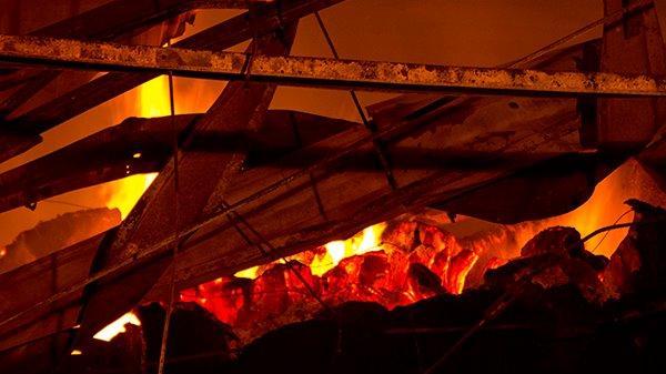 Quảng Ninh: Lửa bùng phát dữ dội khiến xưởng sợi lại tiếp tục cháy lần 2 trong đêm