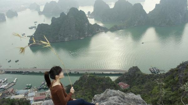 Mẹ cấm yêu vì bạn gái xinh cùng quê Quảng Ninh với tình cũ của bố