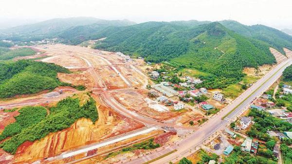 Quảng Ninh: Thực hư thông tin sốt đất ở Vân Đồn