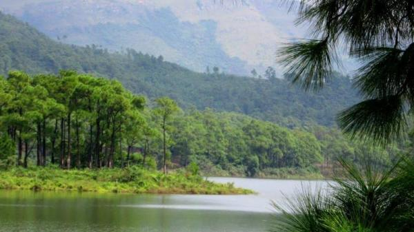Hồ Yên Trung (Quảng Ninh): Địa điểm du lịch hớp hồn du khách
