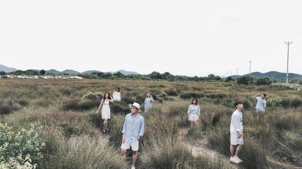"""Bộ ảnh du lịch Quảng Ninh đẹp """"quên sầu"""" cực CHẤT của nhóm bạn trẻ khiến ai nhìn cũng muốn """"Xách ba lô lên và đi"""""""