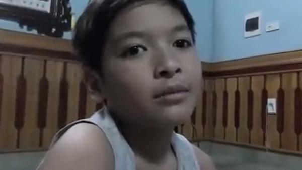 Clip: Lạ kỳ cậu bé ở Quảng Ninh luận tuổi âm dương chỉ trong vòng 30 giây