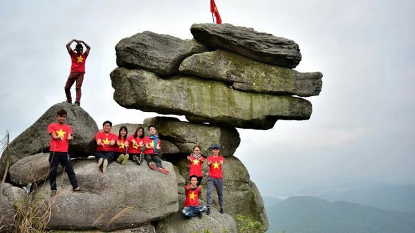 Chinh phục núi Đá Chồng, Quảng Ninh