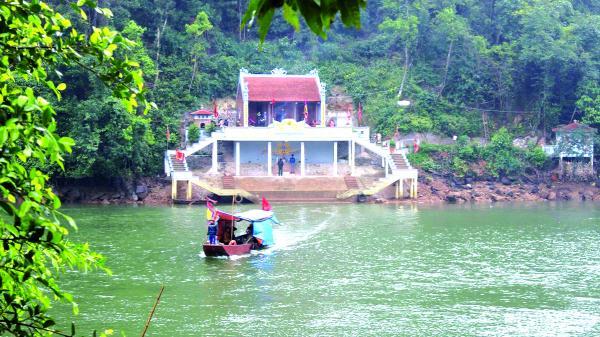 Ba Chẽ - điểm đến du lịch hoang sơ, giàu bản sắc