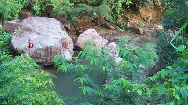 Quảng Ninh: Bố tử vong khi lao xuống cứu con đuối nước