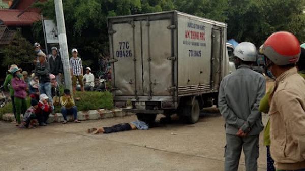 Bình Định: T.ai n.ạn thương tâm, người đi bộ bị xe tải c.án t.ử vo.ng tại chỗ