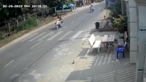 Chạy xe tốc độ cao tông vào nhà dân, hai cô gái thương v ong