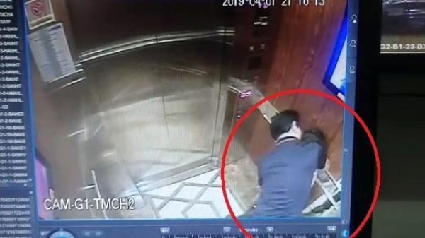 Kẻ b.iến th.ái ôm hôn, sờ mó bé gái trong thang máy chung cư gây phẫn nộ