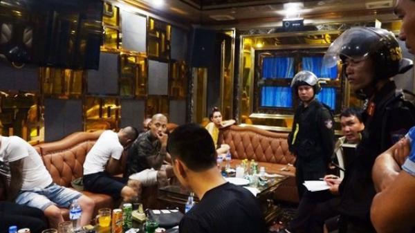 """Hơn 120 công an ập vào quán karaoke và khách sạn, bắt hàng chục đối tượng """"gái gọi"""" và """"bay lắc"""""""