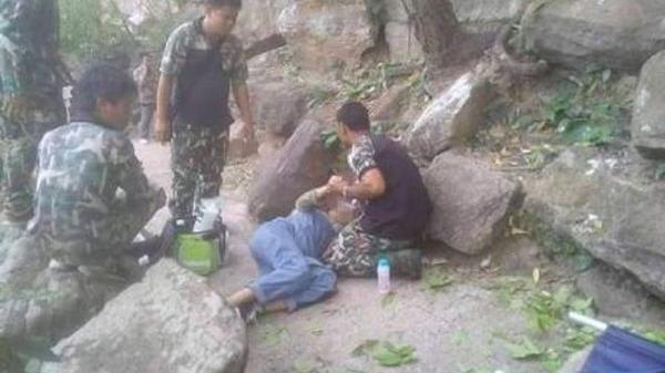 Chồng đẩy vợ đang mang thai xuống vách núi, lý do phía sau khiến ai cũng phẫn nộ