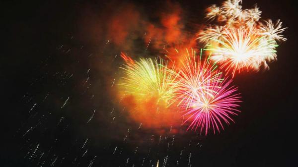 Quảng Ngãi: Bắn pháo hoa khai mạc tuần lễ Văn hóa Du lịch ở đảo Lý Sơn