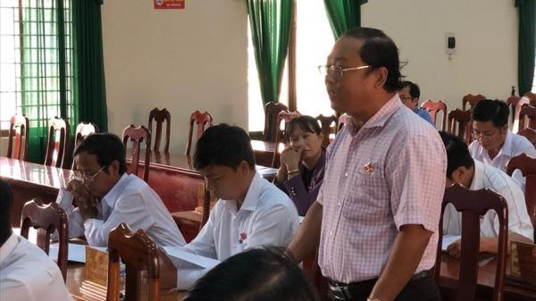 Quảng Ngãi: Phó Chủ tịch huyện bị điều làm Bí thư xã đã đệ đơn từ chức