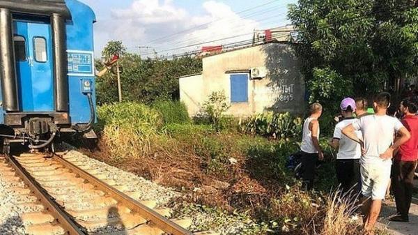 2 nữ sinh bị tàu hoả t.ông t.ử v.ong khi băng qua đường sắt