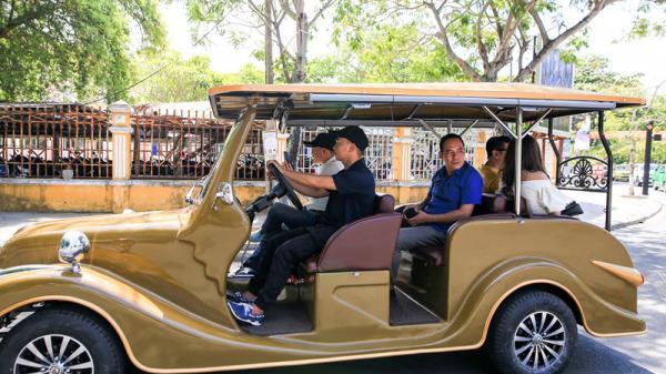 Quảng Nam: Phố cổ Hội An sử dụng 120 xe điện làm phương tiện công cộng