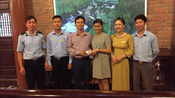 Quảng Ninh: Trả lại hơn 42 triệu đồng cho nữ du khách bỏ quên trên cáp treo