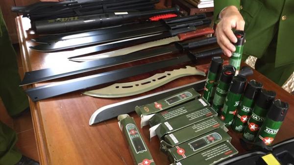 Bắt đối tượng khai mua hung khí, vũ khí từ Quảng Ninh để kinh doanh