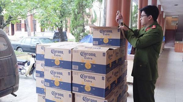 Quảng Trị bắt giữ phương tiện chở 1.320 chai bia ngoại không rõ nguồn gốc