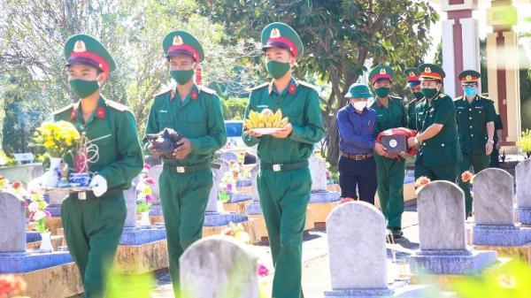 Tổ chức lễ truy điệu và an táng 10 hài cốt liệt sĩ