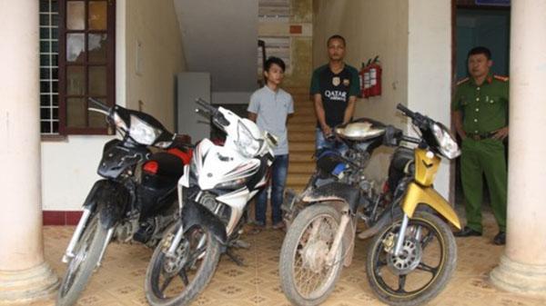 Bắt nhóm đối tượng trộm, cướp xe máy ở biên giới Việt Nam - Lào