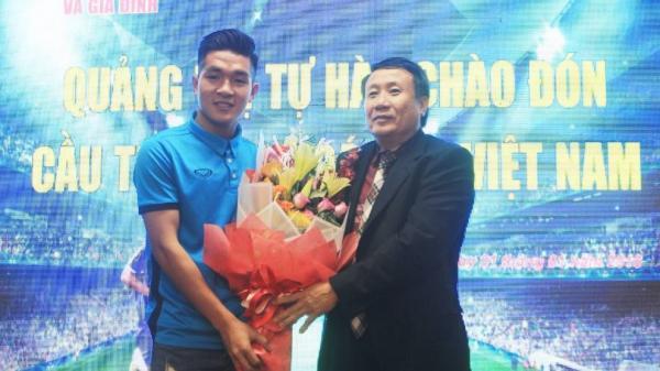 Chào đón cầu thủ U23 Việt Nam Trương Văn Thái Quý trở về Quảng Trị